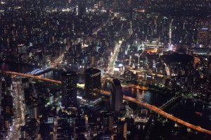 Cityscape of Tokyo at night, from the Skytree