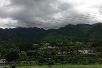Въезд в Гифу на Wide View Hida