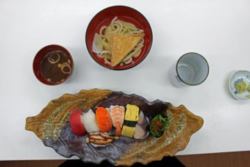 <p>Lunchtime!</p>