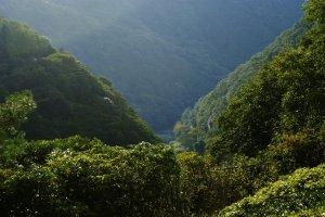 La vallée en contrebas