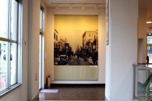 Foto-foto jaman dahulu, saat tram masih beroperasi di Yokohama banyak ditemukan di museum ini.
