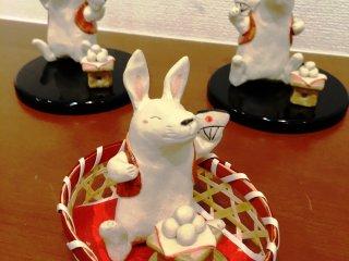 Зайцы с рисовыми лепешками моти