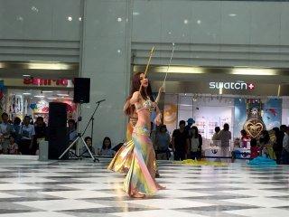Восточный танец с тростью называется саиди