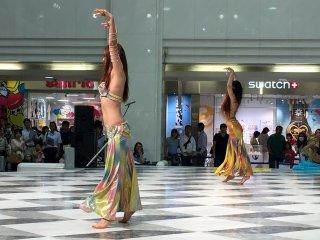 Саиди - это женский вариант мужского танца с палками (татхиб)