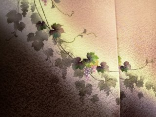 Отличная осенняя ткань для кимоно с гроздьями винограда