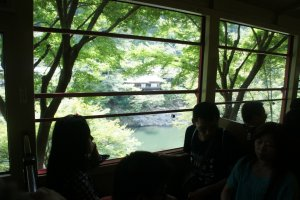 Many family groups enjoying their weekend on the Sagano Romantic Train
