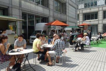 <p>Food trucks fill the university&#39;s inner courtyard</p>