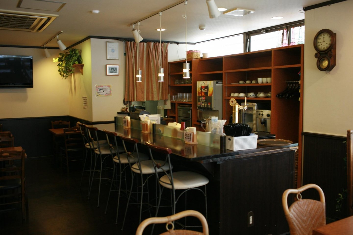 The cafe area of Tenjin Style