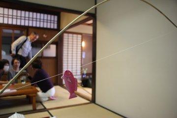 <p>Тренировка подсекания рыбы</p>