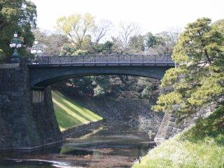 Niju bridge