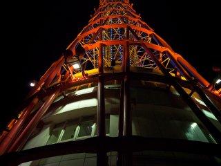 Tháp cảng Kobe - thật buồn khi đài quan sát đóng cửa về đêm