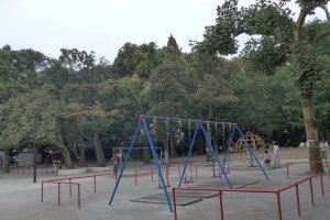One of the main features is the big playground, but there is a lot more to see.