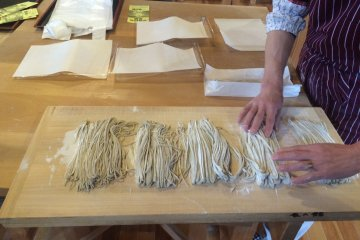 <p>Each batch contains four servings, so the noodles were split for each person in the group.</p>