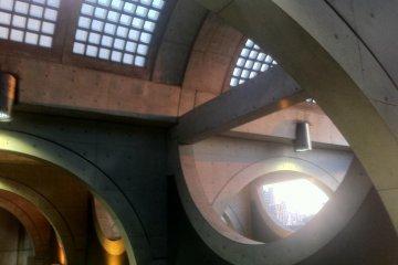 Keihan Uji station domed ceiling