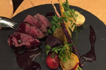 Grilled venison with Hokkaido berries sauce