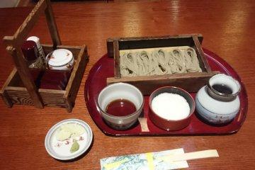 <p>My free lunch - Tokamachi komori soba with grated yam</p>