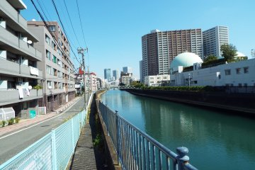 <p>Waterway near Yokohama Station</p>