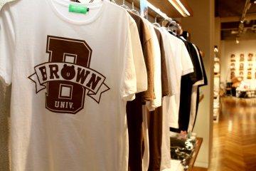 <p>T-shirts</p>