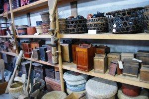 Shelves full of folk household items from the old days
