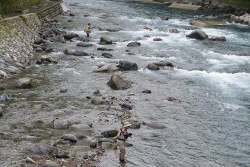 Fishing in the Daiya River in the early morning