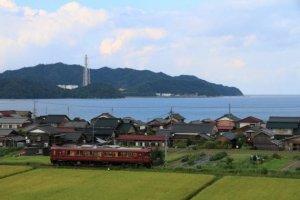 아마노하시다테 마이즈루 럭셔리 열차