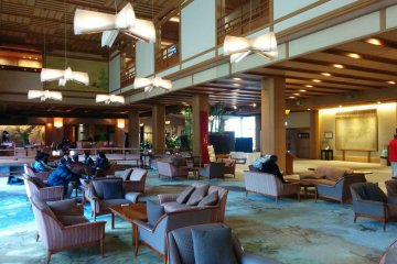 <p>The spacious lobby is perfect for lounging</p>