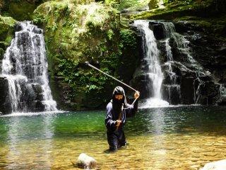 Assistez à des démonstrations faites par de vrais ninjas dans leur ancien décor, à la montagne
