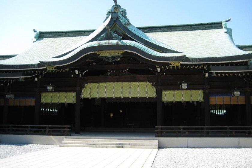 Meiji Shrine's main hall