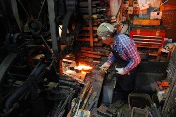 Ikeda Yoshikazu in his workshop
