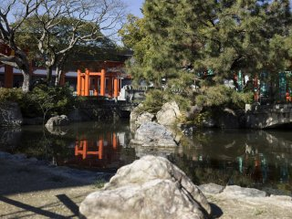 Stepping through the Deva Gate leads you to a quiet pond