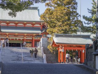 The path leading to the main shrine
