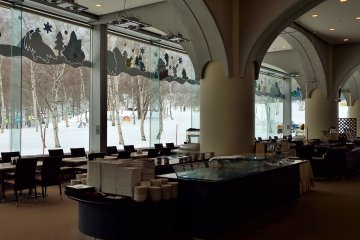 Tasty and reasonable meals are served in the first floor restaurant, Shirakaba.