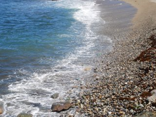 Pebble beach at Nafune Coast
