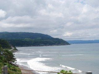 Rolling waves at Sosogi Beach