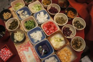 Asinan dan berbagai makanan otentik Jepang