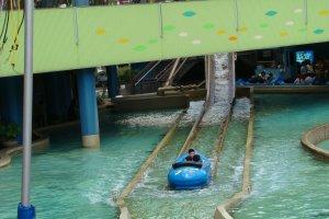Splash ride