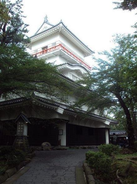 Just keep going up and you'll reach Osumiyagura watchtower.