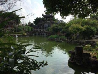 สายน้ำไหล สามารถเพลิดเพลินกับเสียงน้ำไหลเด้ทั่วบริเวณสวน