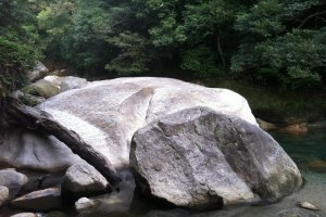 One of many large rocks to take a rest on and enjoy the scenery!
