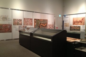 The room where the contour replica of Japan is kept