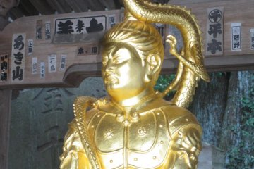 Beautiful statues at the temple's entrance