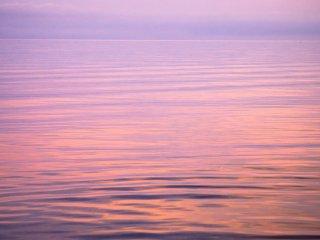 Nơi nào mặt nước kết thúc và bầu trời bắt đầu?
