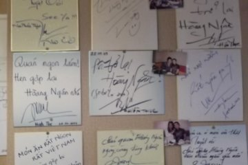 <p>The wall of fame, with endorsements from (I presume) visiting Vietnamese celebrities</p>