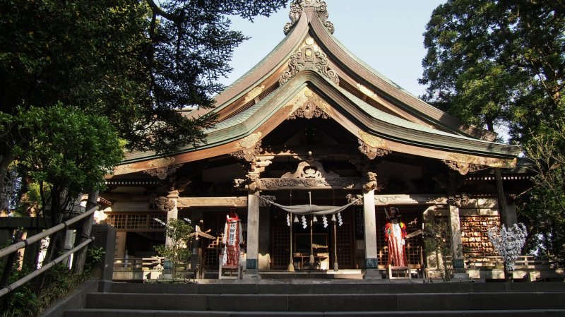 The shrine, modeled to resemble Mt. Taihei.