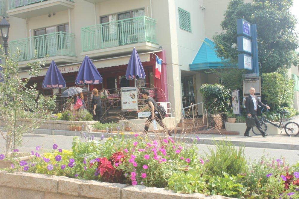Khu Pháp nổi tiếng tại Kobe Kitano. Có rất nhiều nhà hàng ở khu này phù hợp với những người yêu thích món ăn phương Tây
