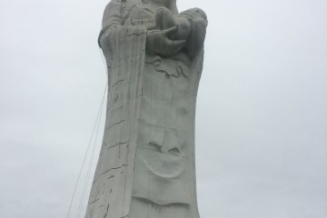 Hard to believe you can climb up the statue to the shoulders