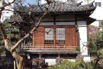 Myoon-ji Temple in Ueno