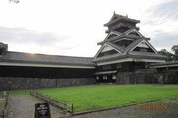 This, the Uto Yagura, is one of the 13 structures at Kumamoto Castle that date back to the beginning of the 17th century