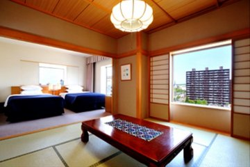 Japanese and Western Style Suite