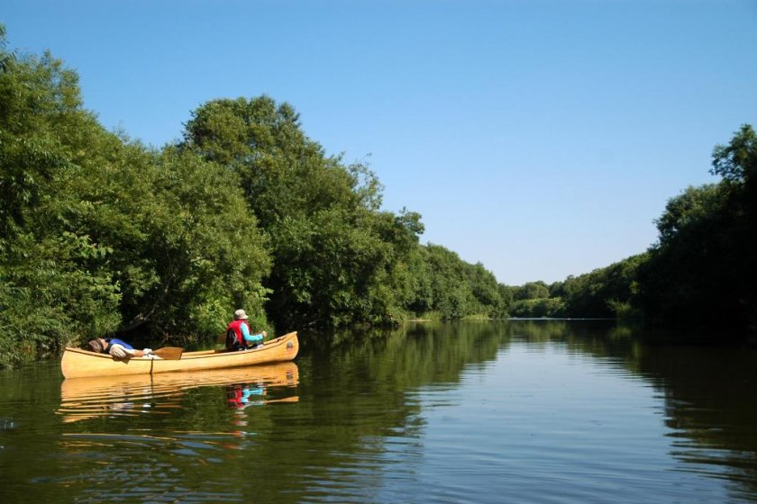 Just another perfect day on the Tombetsu River.